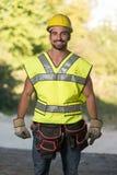 Inżynier budowa Jest ubranym Żółtego hełm Zdjęcia Royalty Free