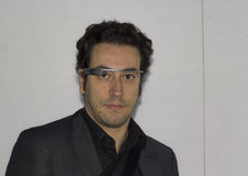 Inżynier jest ubranym Google szkło Obrazy Stock