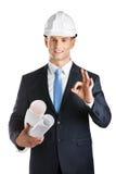 Inżynier wręcza projekty i gesta ok Zdjęcia Royalty Free
