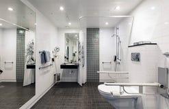 inaktiverat folk för badrum Royaltyfria Bilder