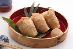 Inari suszi Zawijający w Smażącym Tofu, Japoński jedzenie Obraz Stock