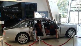 inbillade Rolls Royce Sikt för sida för Ð-¡ ar royaltyfria foton