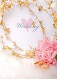 inbjudan utskrivavet bröllop Arkivfoto