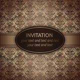 Inbjudanvektorkort i brunt med det guld- bandet vektor illustrationer
