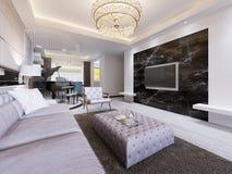 Inbyggd TV på väggen i den lyxiga vardagsrummet som är svart marmorerar väggen med TV och vita hyllor Modern vardagsrum in stock illustrationer