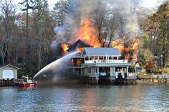 Incêndio da casa Fotografia de Stock Royalty Free