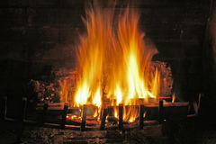 Incêndio da chaminé Foto de Stock Royalty Free