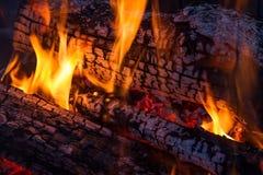 Incêndio de madeira imagens de stock royalty free