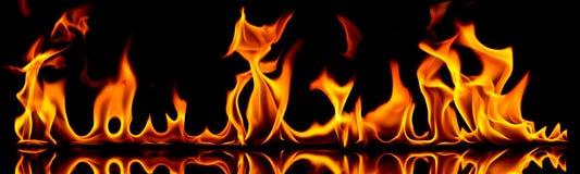 Incêndio e flamas. Foto de Stock