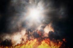 Incêndio e fumo Textura dramática Imagens de Stock