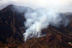 Incêndio e montanha Fotos de Stock
