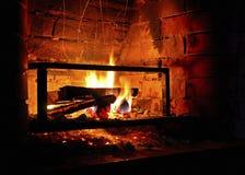 Incêndio em uma chaminé Foto de Stock