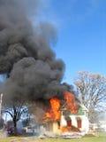 Incêndio Raging da casa Fotografia de Stock