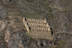 Inca City Ollantaytambo anziano nel Perù fotografie stock libere da diritti