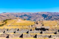 Inca Wall i SAQSAYWAMAN, Peru, Sydamerika. Exempel av det polygonal murverket. Den berömda stenen för 32 vinklar Arkivbild