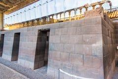 Inca Wall na cidade antiga de Machu Picchu, Peru, exemplo de Ámérica do Sul. da alvenaria poligonal Fotografia de Stock Royalty Free