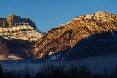 Incandescenza di Alpen vicino a Chamonix de Mont Blanc Immagini Stock Libere da Diritti