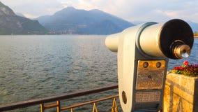 Incastri nel parco di Bellagio con il fondo di como del lago Immagine Stock Libera da Diritti