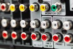 Incavi di RCA di audio ricevitore di bordi Immagine Stock