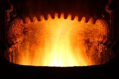 Incendie dans le four. images libres de droits
