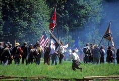 Incendie de décharge de confédérés photo libre de droits