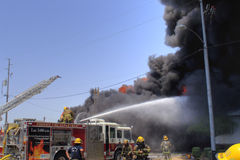 Incendie de structure Photos libres de droits