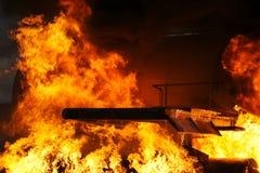 Incendie et explosion Photographie stock libre de droits