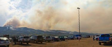 Incendie sauvage de haut stationnement dans le Colorado panoramique image stock
