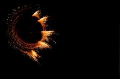 Incendies de la pyrotechnie sur le noir. photo libre de droits