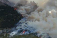 Incendio forestal en las montañas rocosas 02 Imagen de archivo