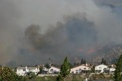 Incendio violento del sud della California fotografia stock