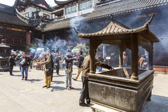 Incense burning in shanghai china temple Royalty Free Stock Photos