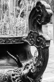 Incense los palillos en templo budista en Hanoi, Vietnam Imagen de archivo libre de regalías