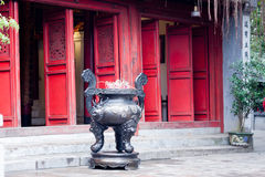 Incensiere in pagoda Fotografia Stock