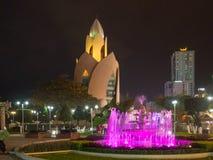 Incenso da torre, bonde Huong de Thap, Nha Trang, central - Vietname sul, 3Sudeste Asiático: [Vida noturna no ce de Nha Trang Fotos de Stock Royalty Free