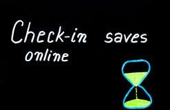 Incheckningen sparar direktanslutet tidmeddelandet Arkivbilder