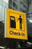 Incheckningtecken på flygplatsen Royaltyfri Foto