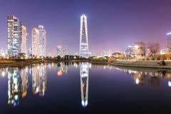 Incheon centrali park przy nighttime fotografia royalty free