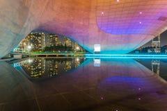 Incheon, Corée du Sud - 18 décembre 2016 : bâtiment de Tri cuvette au Central Park dans le secteur de Songdo, Incheon, Corée du S photo libre de droits