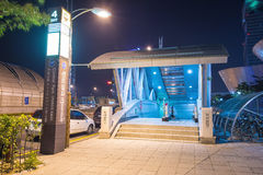 INCHEON SYDKOREA - SEPTEMBER 19: Ingång till tunnelbanastationen Royaltyfri Fotografi