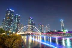 INCHEON, ZUID-KOREA - SEPTEMBER 19: Songdocentral park Stock Afbeeldingen