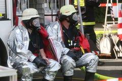Incidente chimico pericoloso nel traffico stradale Fotografia Stock