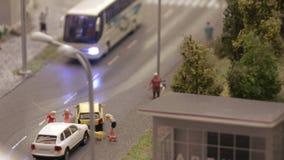 Incidente del transporte por carretera Coches del desplome almacen de metraje de vídeo