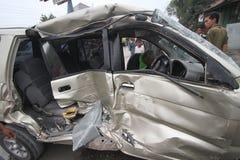 Incidenti di traffico dovuto negligenza del driver immagini stock