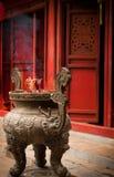 Incienso en el templo Foto de archivo libre de regalías
