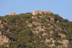Inclinação de montanha no por do sol, Baja Sardinia Imagem de Stock