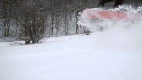 Inclinação de salto da neve do Snowboarder vídeos de arquivo