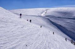 Inclinação nevado no centro do esqui de 3-5 Pigadia, Naoussa, Grécia Foto de Stock Royalty Free