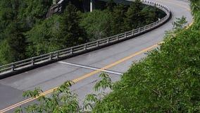 Inclinação para baixo Linn Cove Viaduct vazia filme