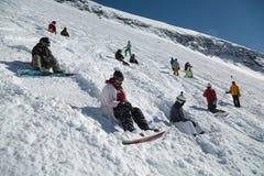 Inclinações do esqui na luz do sol Foto de Stock Royalty Free